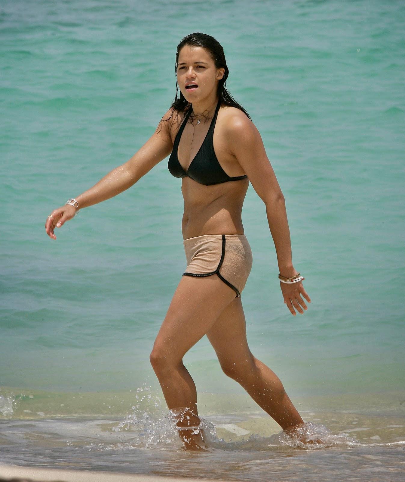 Michelle Rodriguez wet thighs