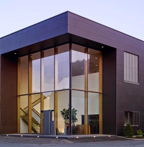 Fachadas de casas de una planta en esquina fachadas de for Casas contemporaneas en esquina