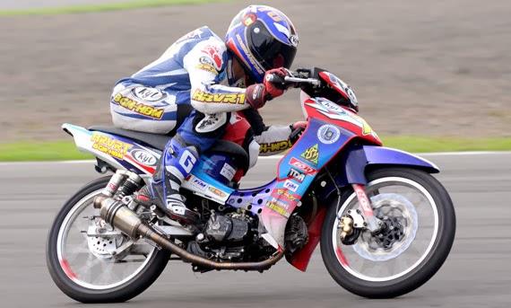 Modif Yamaha Road Race