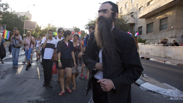 A man stabs six people in the gay pride parade in Jerusalem