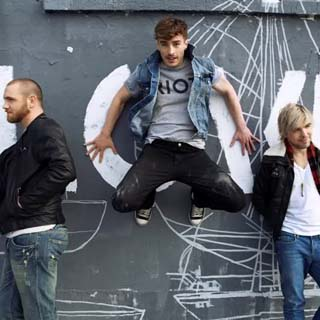 New Politics – Harlem Lyrics | Letras | Lirik | Tekst | Text | Testo | Paroles - Source: musicjuzz.blogspot.com