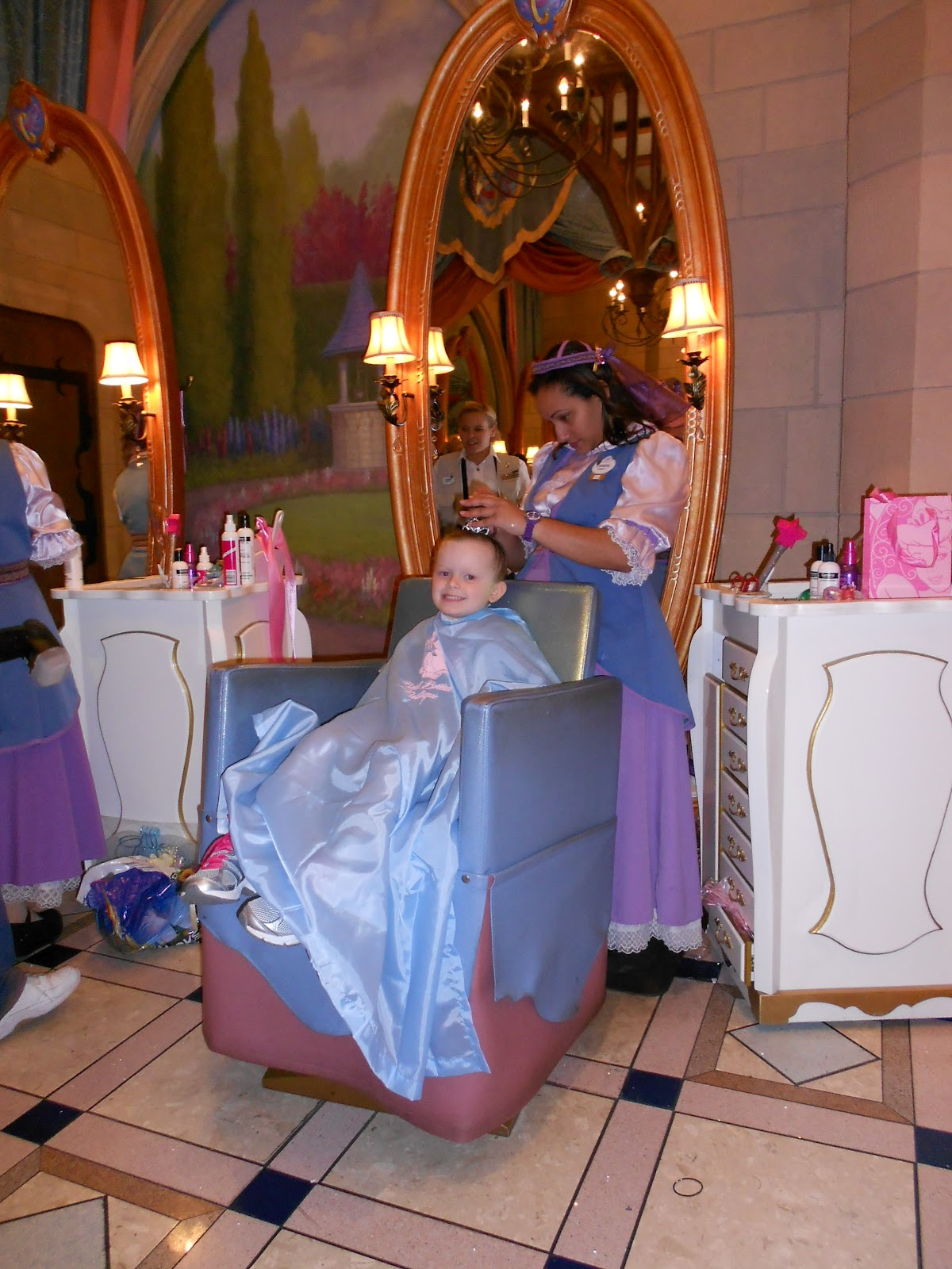 Bibbidi bobbidi boutique the castle review tips from for World boutique