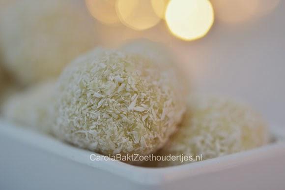 kokos truffels met witte chocolade vanillie