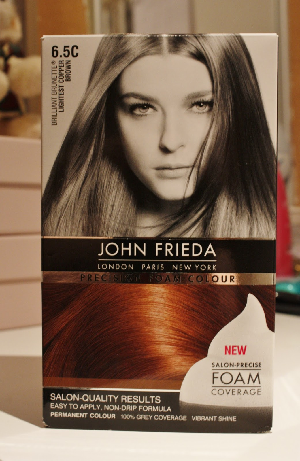 John Frieda - Precision Foam Colour 6.5C - Lightest Copper Brown