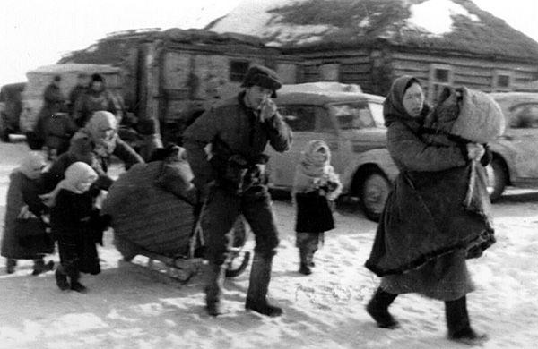 Порно немецкие офицеры в деревне