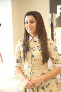 Taapse Pannu Amazingly Beautiful Cute Pics in Short Kurti and Denim Jeans