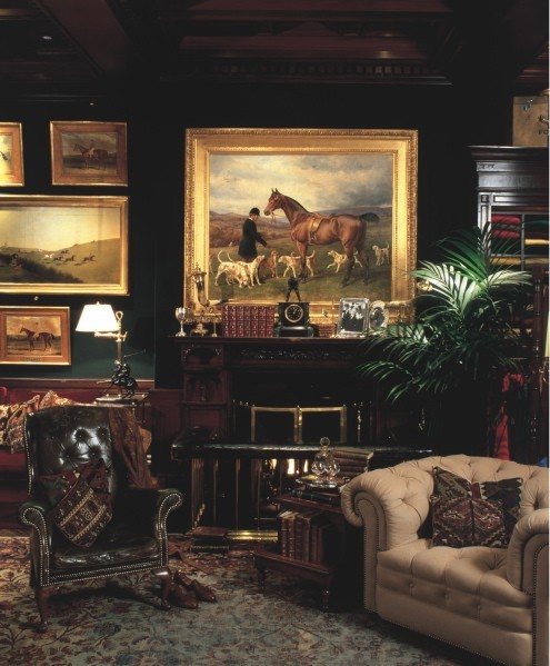 Eye for design equestrian chic interiors for Ralph lauren living room designs