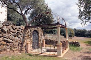 Fuente Santa. Ermita Ntra. Sra. de la Fuente Santa. Parrillas (Toledo)