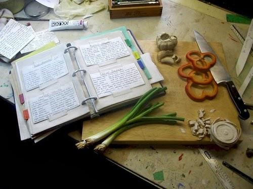 01-Cutting-Board-Hyper-Realistic-Wood-Sculptures-Artist-Randall-Rosenthal-www-designstack-co