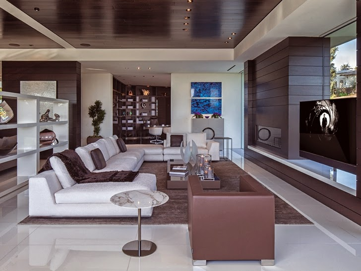 Living room in Perfect modern mansion in Beverly Hills