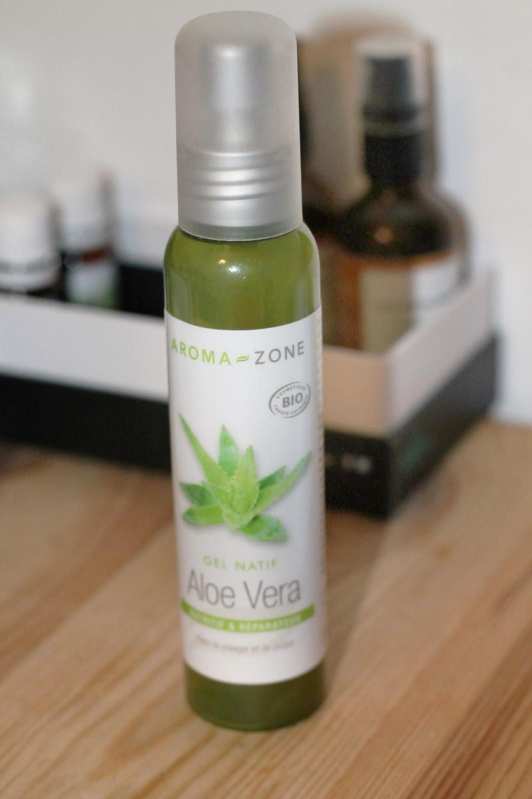 des cheveux aux naturels ?: le gel d'aloe vera de pur aloe