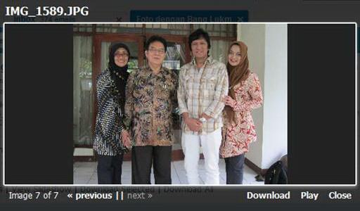 Ikang Fawzi & Marissa Haque bersama sepupunya dari Madura Istri Ketua LIPI Prof. Dr. Lukman Hakim