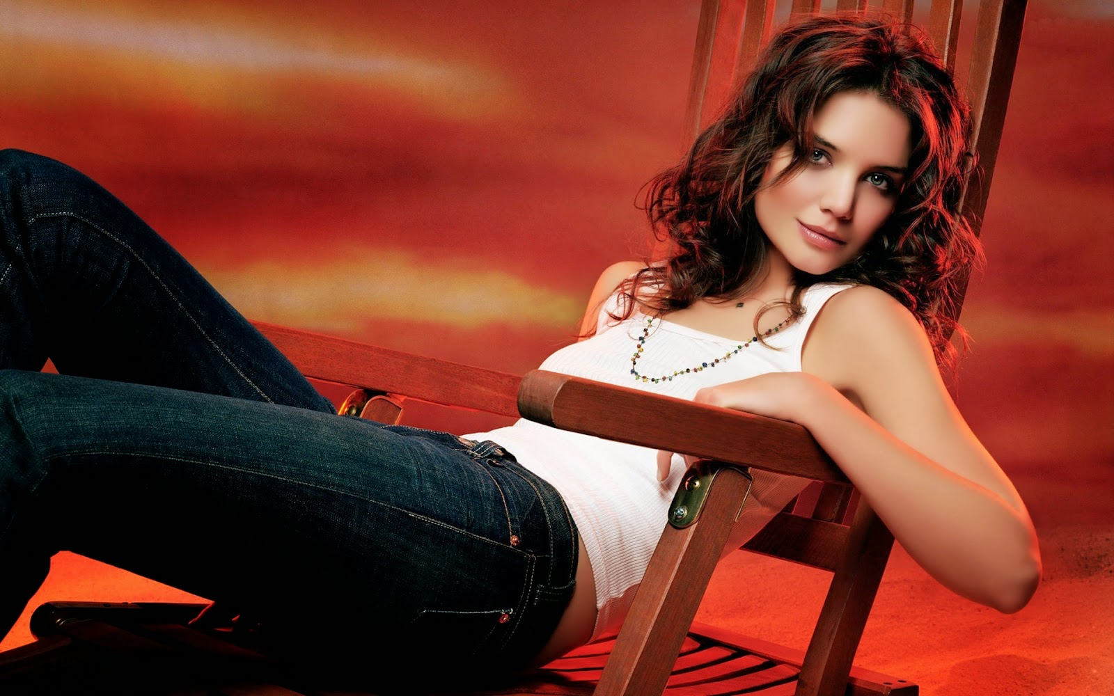 Katie Holmes American Hollywood Actress Nice HD Wallpaper