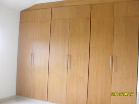 Demadera veracruz closets for Disenos de puertas de madera para closets