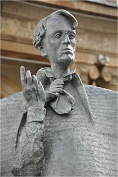 statua di yeats-sligo irlanda