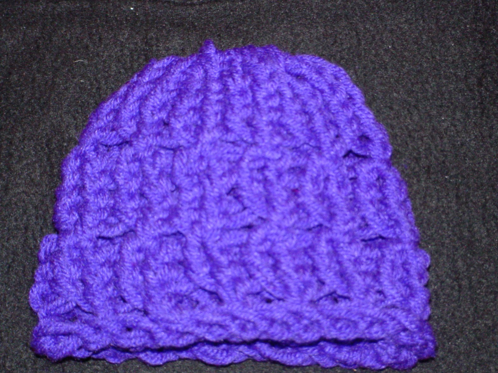 http://kniftyknitterweekly.blogspot.com/2014/02/patterned-hat.html