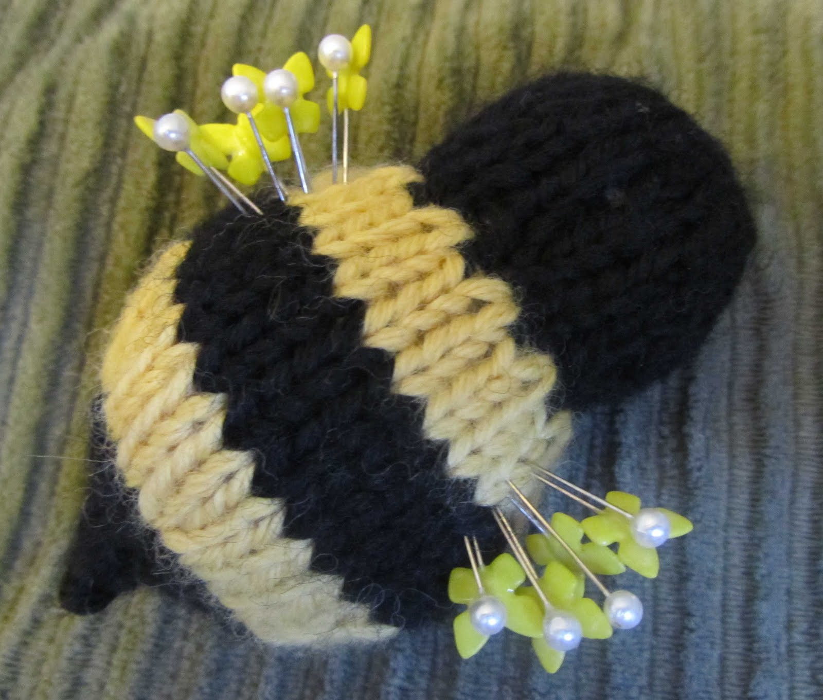 ChemKnits: Bumble Bee Pin Cushion