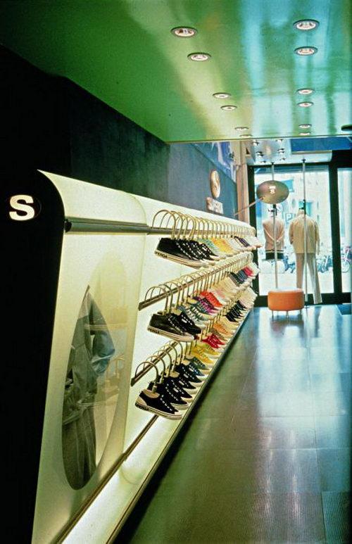 Fashion Store Design by Iosa Ghini