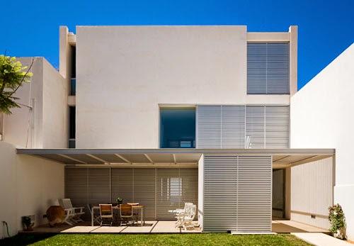 Fasad rumah minimalis for Fachadas de casas de dos pisos minimalistas