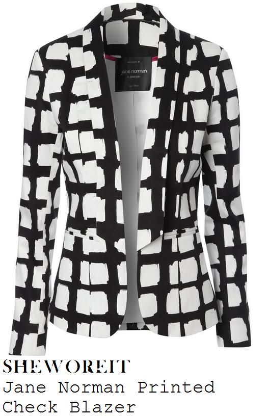 jessica-wright-black-and-white-monochrome-windowpane-check-print-tailored-blazer