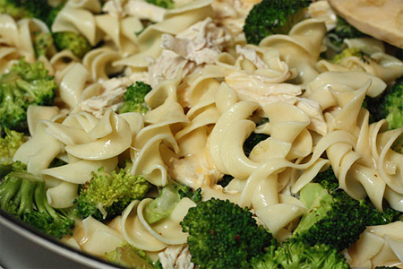 Chicken and Broccoli Noodle Casserole, skinny recipe. ~ Healthy ...