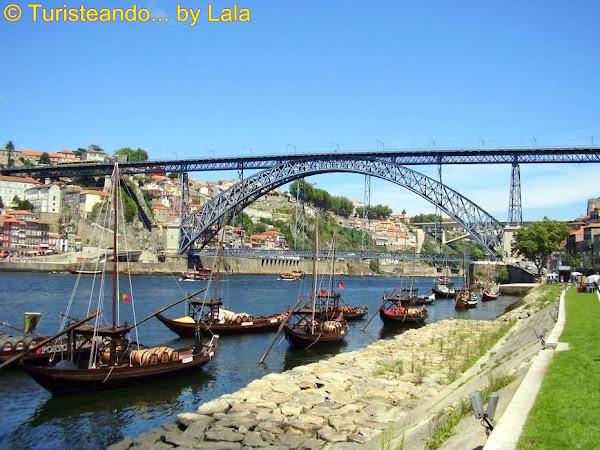 Puente Luís I sobre el río Duero, entre Oporto y Vila Nova de Gaia