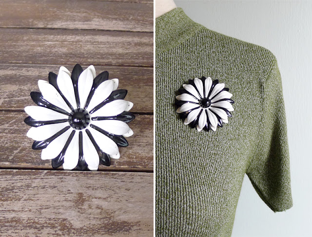 vintage 60's floral enamel brooch pin