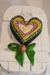 Kelly Green Beaded Heart