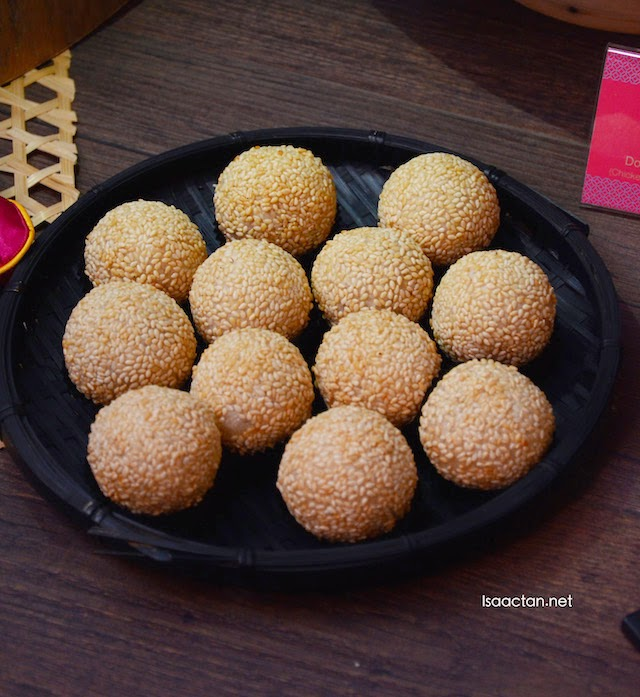 """Sesame Ball with """"Nian Gao"""" and red bean paste"""