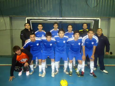 Nuestra institución sigue creciendo:Equipo Adulto Varones y Rama Femenina de Futsal.