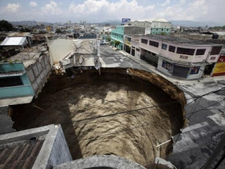 sinkhole na guatemala