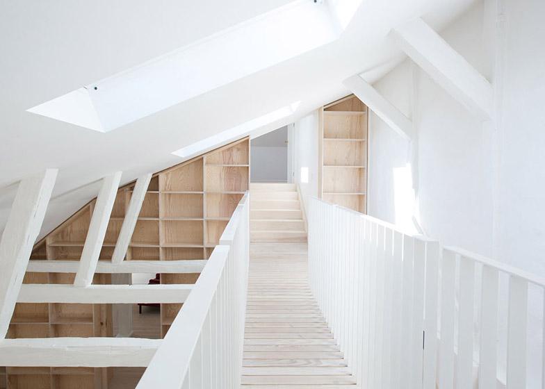 Due appartamenti nello storico edifico grade ii a for Piani a pianta aperta