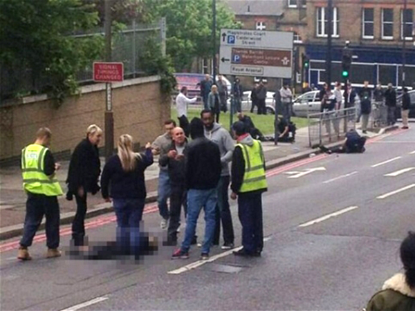 Terrorist attack in London, soldier beheaded