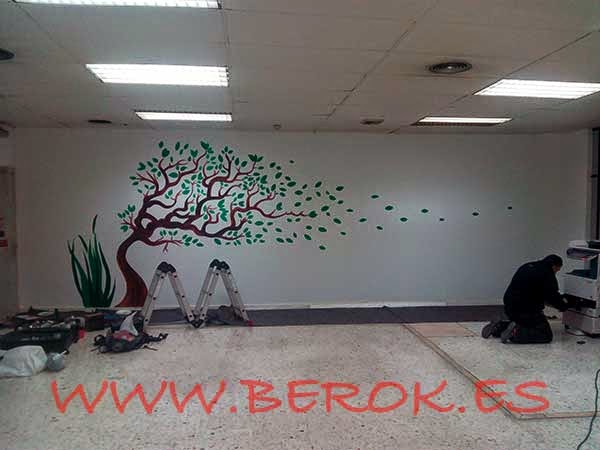 Pintura mural oficinal CERTEL