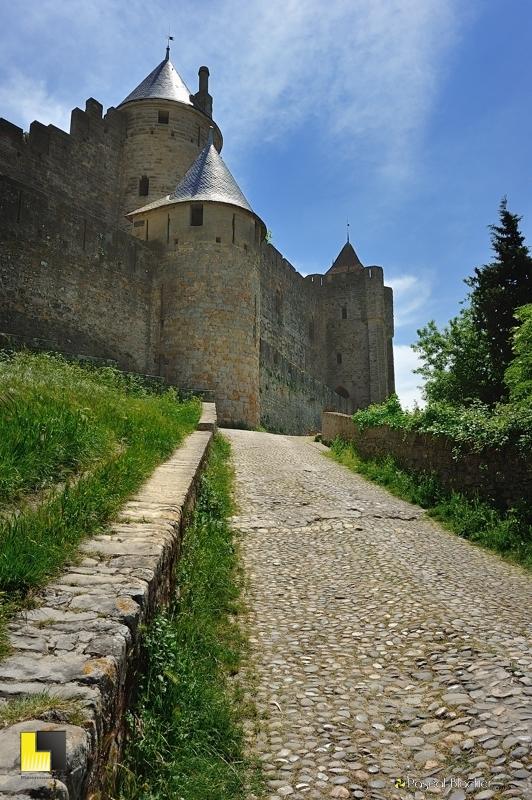 Arrivée à la porte de l'Aude Carcassonne photo pascal blachier