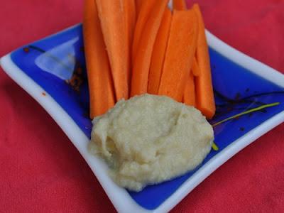 Vegan, Gluten-free Lemon Artichoke Hummus