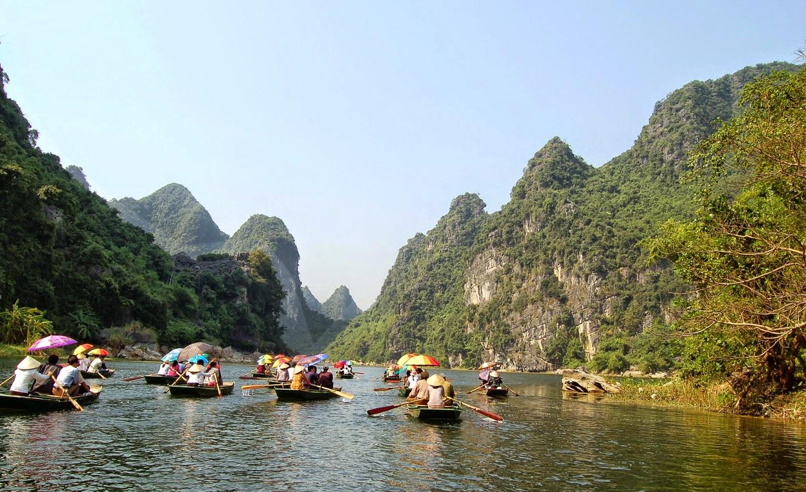 Four best features of Trang An Landscape Complex