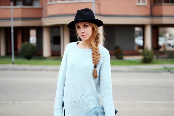 zip mint sweater, zipper pullover, zara fedora, coccinelle bag