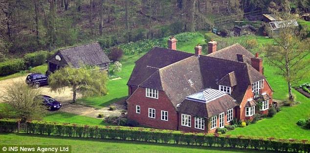 Happy royal christmas for Middleton home