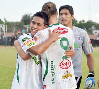 Oriente Petrolero - Rodrigo Vargas, Danilo Carando, Carlos Arias - DaleOoo.com página del Club Oriente Petrolero
