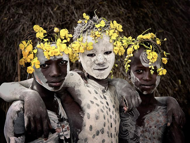 46 Must See Stunning Portraits Of The World's Remotest Tribes Before They Pass Away - Karo, Ethiopia