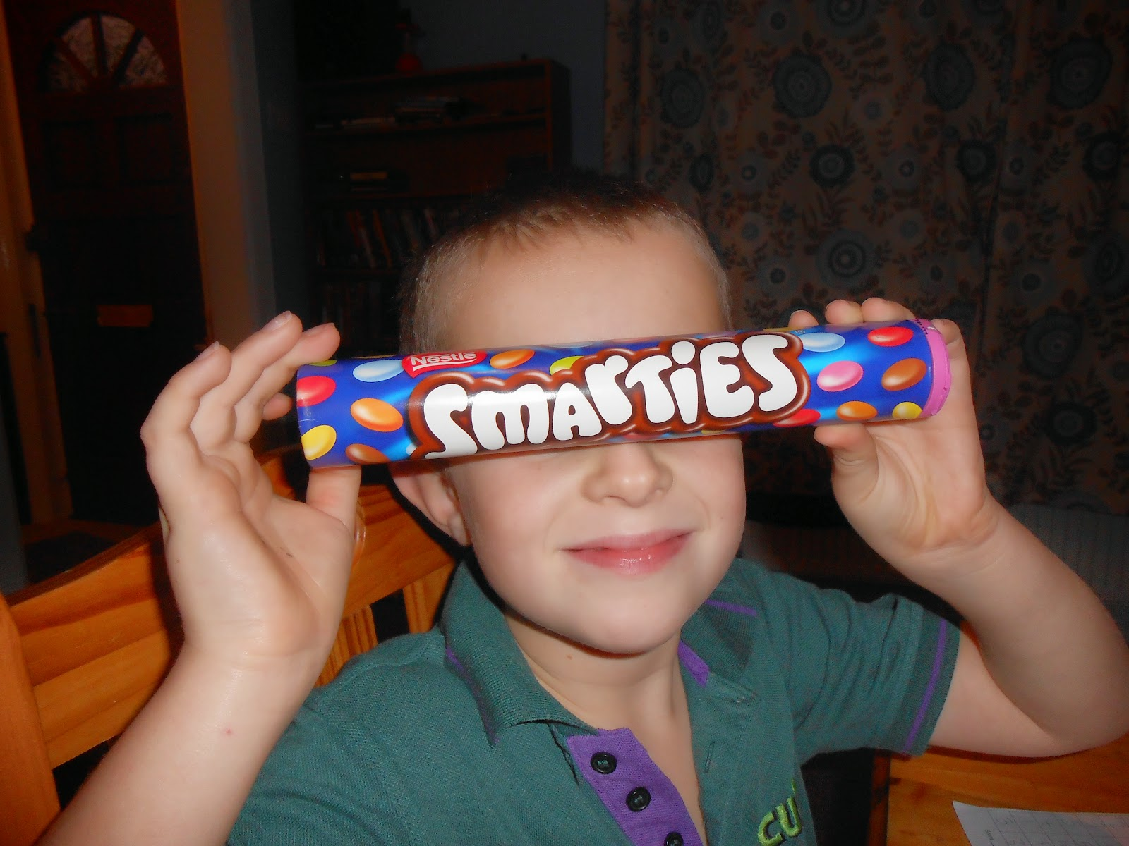 accelerated reading class prize large smarties tube