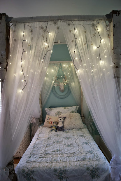 DIY Bed Canopy with Curtains Idea