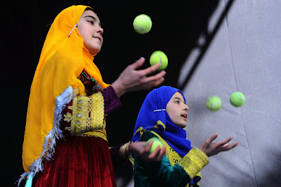 Afghanistan, Color, Children, Circus, Showbiz, Show, Kabul, Mobile, Mini, NGO, MMCC, Education, Entertainment, Ball, Talent, Training, Juggle, Play,