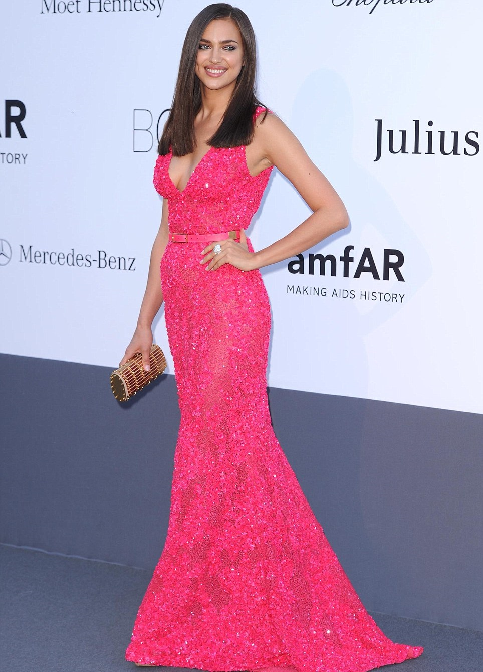 Tumanas Style Blog: Irina Shayk, vestido rosa de Elie Saab, Gala ...