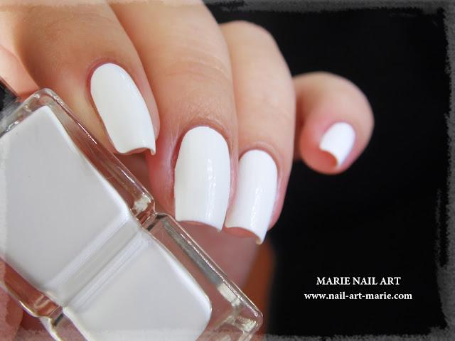 madam glam snow white1