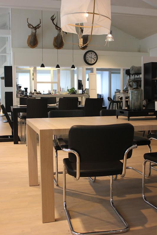 myhome og len m bel thonet. Black Bedroom Furniture Sets. Home Design Ideas