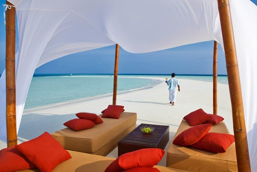 Two Maldives Resorts Named in Small Luxury Hotels Top 8 Private Island Resorts Worldwide