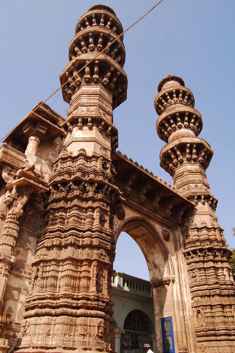Jhoolta Minar, Ahmedabad
