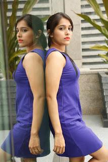 Rashmi Goutham glamorous Pictures 002.JPG